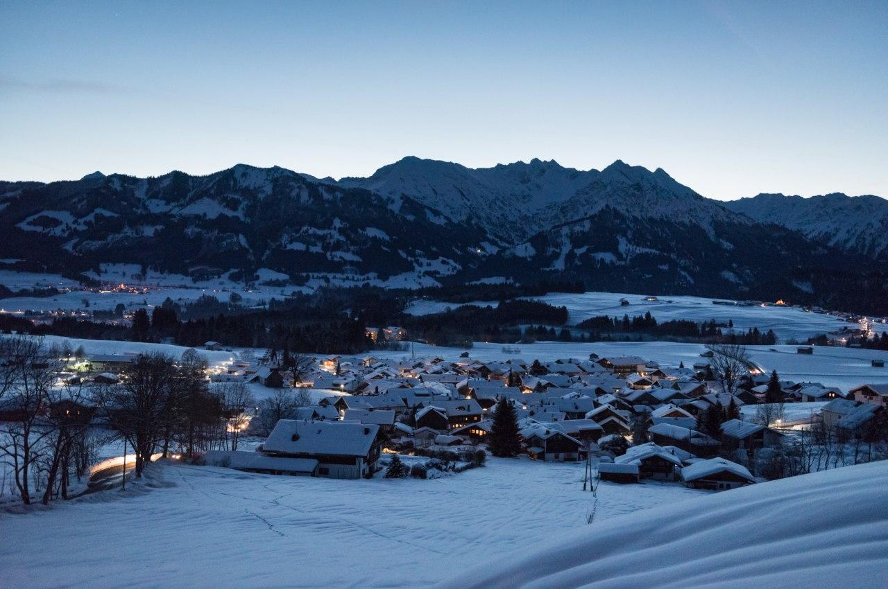 Wintermorgen in Bolsterlang, © Tourismus Hörnerdörfer, F. Kjer