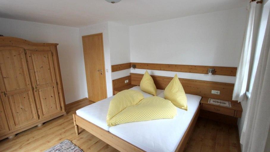 Ferienwohnung 5 - 1.separates Schlafzimmer, © Gästehaus Hagelmüller - Fischen i. Allgäu