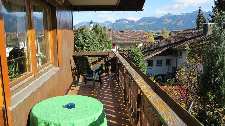 Ferienwohnung 1 - Balkon, © Intas Ferienwohnungen - Ofterschwang