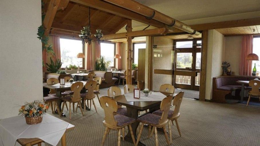 Gastraum des Restaurants, © Alpengasthof Sonnenkopf - Fischen i. Allgäu