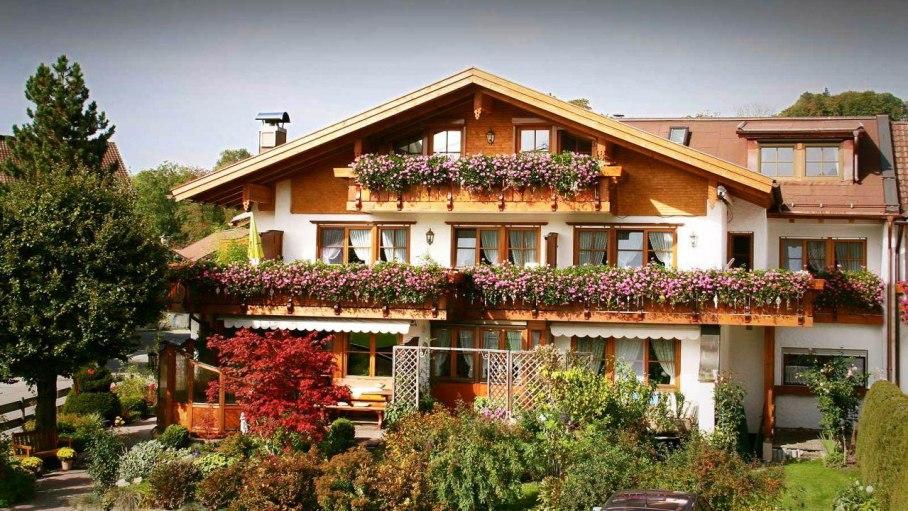 Gästehaus Loni Vogler in Fischen-Unterthalhofen, © Ferienwohnungen Loni Vogler - Fischen i. Allgäu