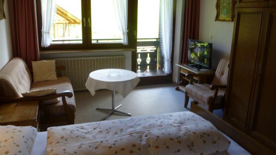 Zimmer 2 - Gästehaus Weitnauer, © Gästehaus Weitnauer - Fischen-Au im Allgäu