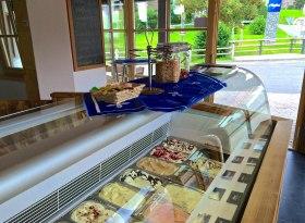 Feine Auswahl im Eisladen Ofterschwang, © Tourismus Hörnerdörfer