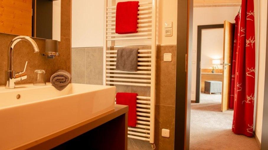 Familien-Appartement Süd Bad, © Gästehaus-Pension Hörnerblick