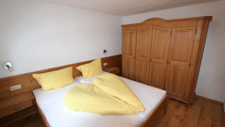 Ferienwohnung 4 - Separates Schlafzimmer, © Gästehaus Hagelmüller - Fischen i. Allgäu