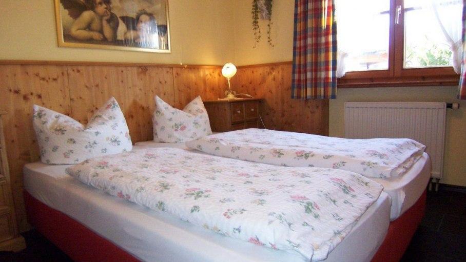 Ferienwohnung Walsertal, Schlafzimmer 1, © Charivari Ferienwohnungen