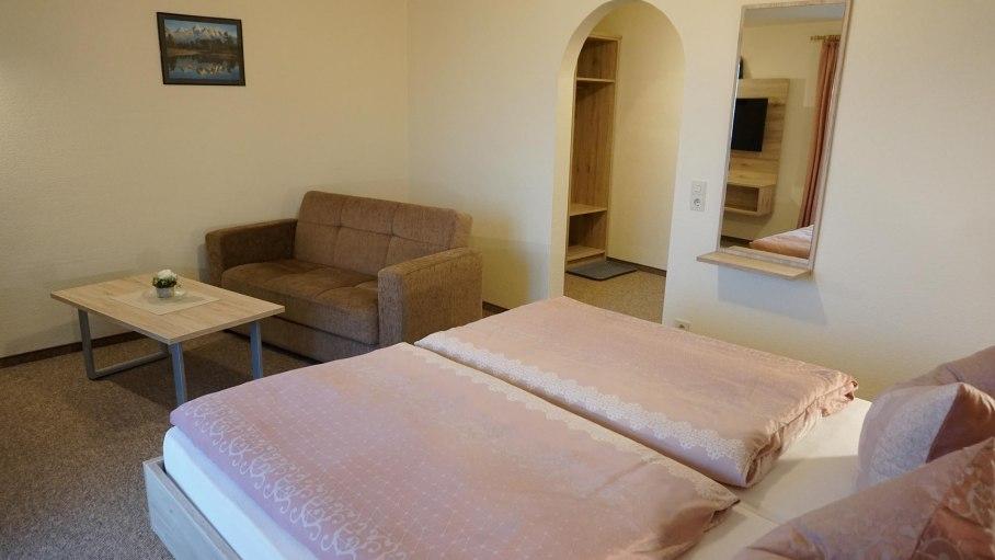 Zimmer 8-7