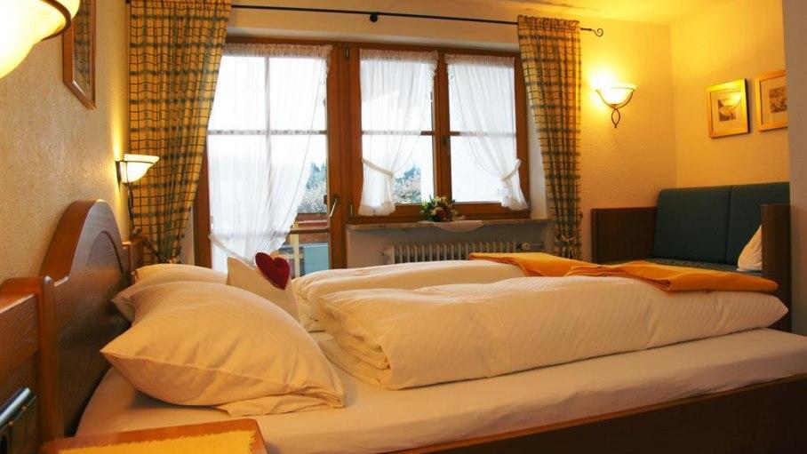 Schlafzimmer Nr. 4 - Loni Vogler, © Ferienwohnungen Loni Vogler - Fischen i. Allgäu