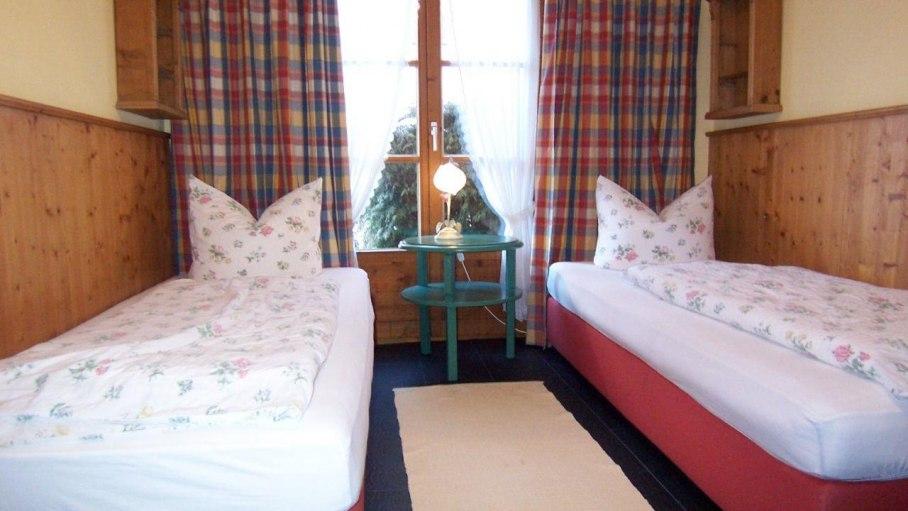 Ferienwohnung Walsertal, Schlafzimmer 2, © Charivari Ferienwohnungen