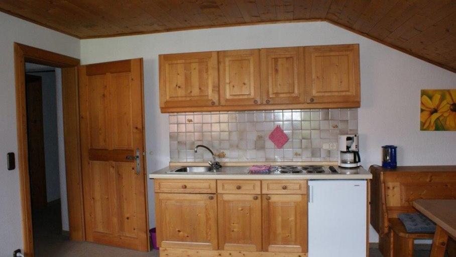 Küchenzeile Wohnung 6 - Haus Bergsicht, © Haus Bergsicht - Fischen i. Allgäu