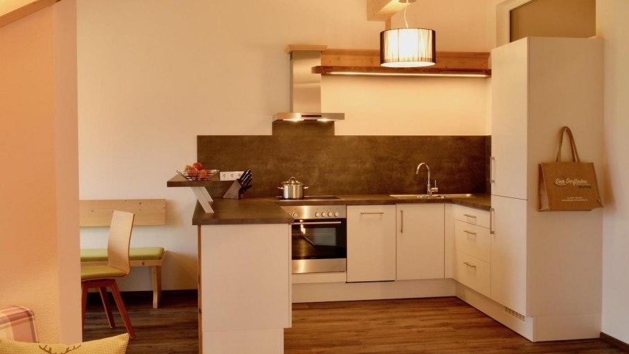 Ferienwohnung 4 DG - Wohnbereich & Küche, © Schmid's Ferienwohnungen - Ofterschwang