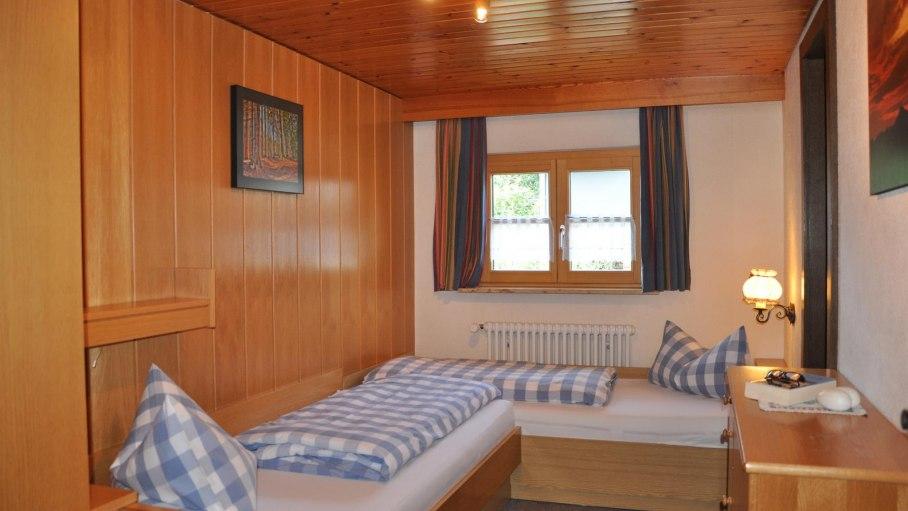 Ferienwohnung Sonnenkopf - kleines Schlafzimmer