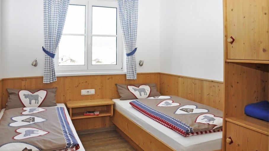 zweites Schlafzimmer - Ferienwohnung Sonnenkopf, © Ferienhof Keller