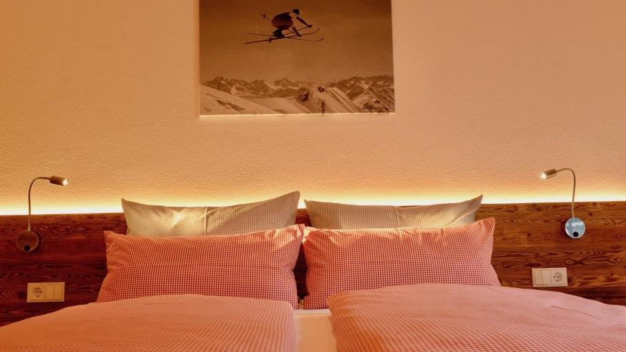 Ferienwohnung 3 DG - 2. Schlafzimmer, © Schmid's Ferienwohnungen - Ofterschwang