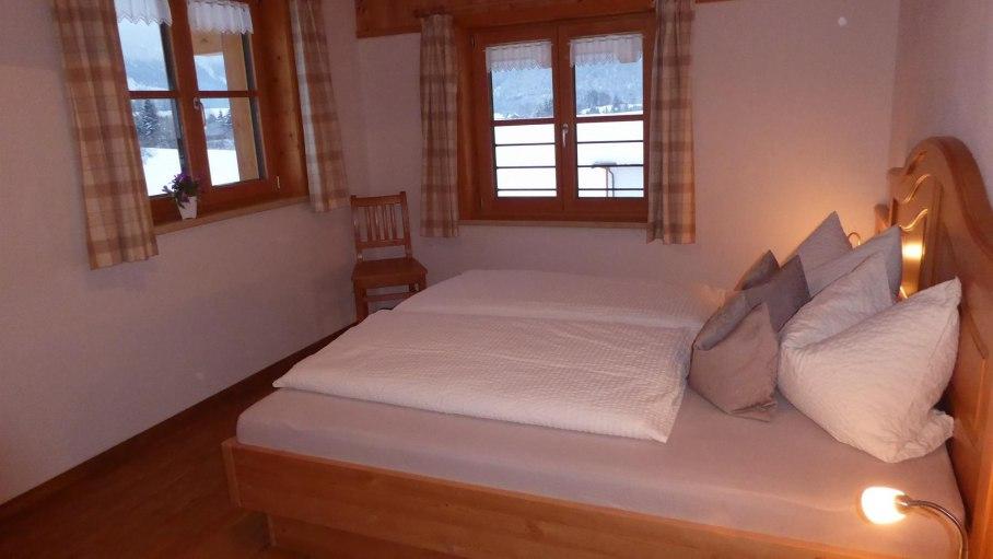 Schlafzimmer 1, © Ferienwohnung Steiner - Bolsterlang