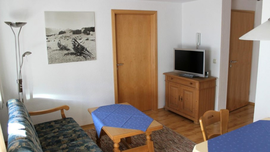 Ferienwohnung 2 - Wohnzimmer, © Gästehaus Hagelmüller - Fischen i. Allgäu