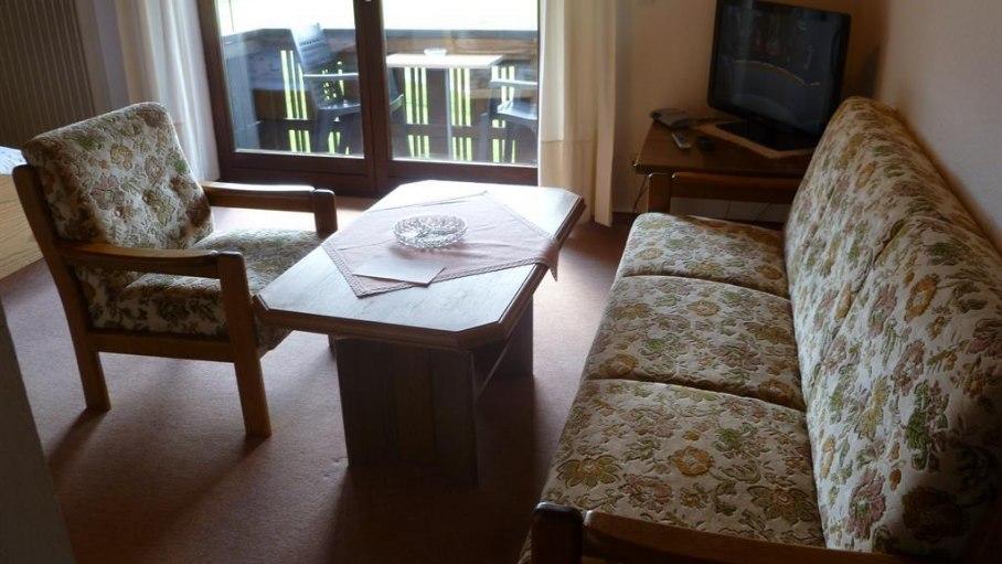 Doppelzimmer 5 mit Balkon - Gästehaus Weitnauer, © Gästehaus Weitnauer - Fischen i. Allgäu